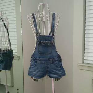 Adjustable denim overalls shorts